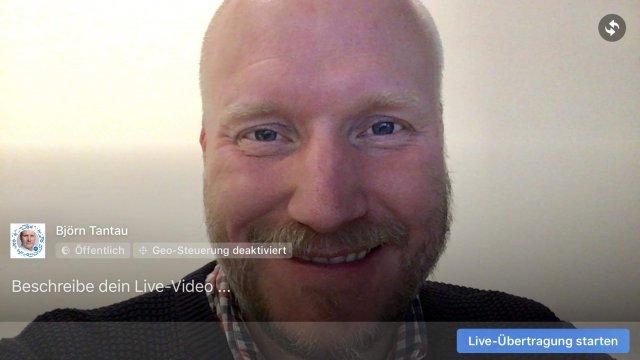 Mit der herkömmlichen Facebook App kannst du auch als Unternehmensseite im Breitformat senden