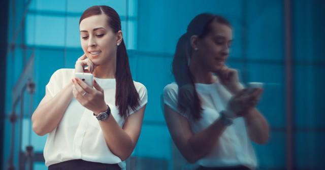 """Wie Facebook zum """"Mobilebook"""" mutiert"""